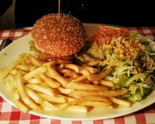 Burger im Zic Zac Basel